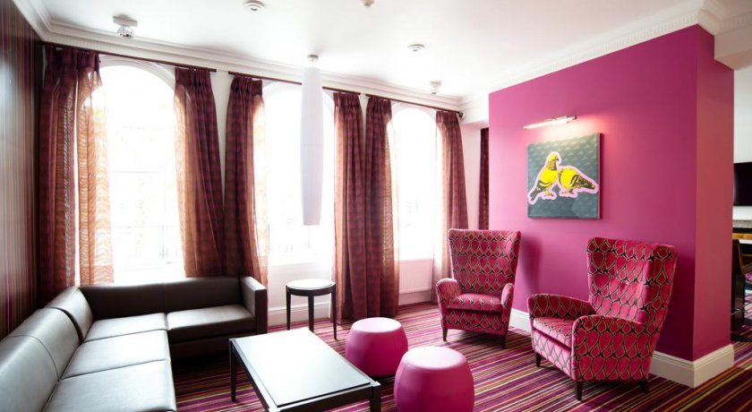 Group Booking Safestay London Hostel at Elephant & Castle