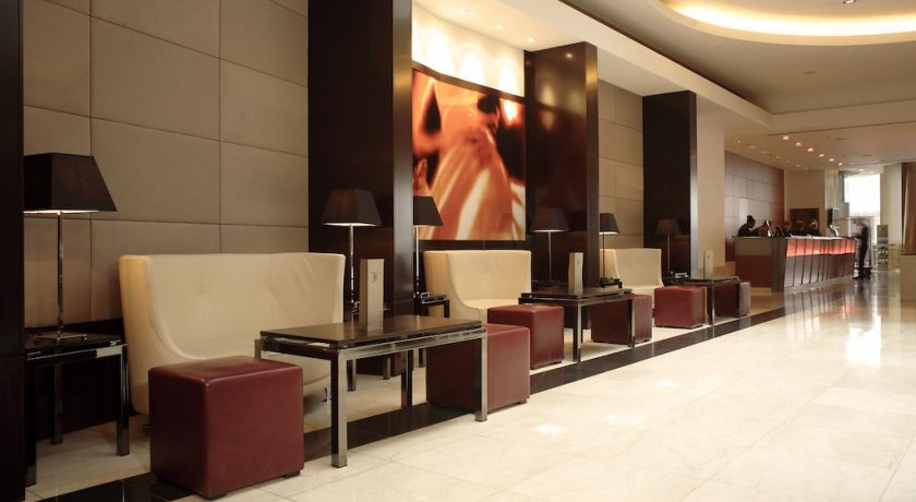 Group Booking Park Plaza Victoria London