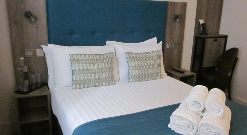 Group Booking Euston Square Hotel