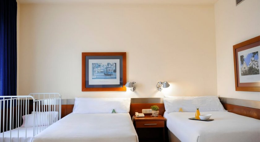 Group Booking Tres Torres ATIRAM HOTEL - Barcelone